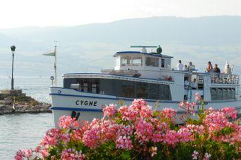 Schifffahrten aller Art in der Drei-Seen-Region