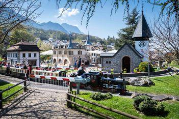 Die Schweiz en miniature im Swiss Vapeur Parc