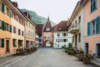 Auf den Spuren der Geheimnisse von St. Ursanne im Jura