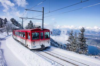"""Mit dem """"ächt SCHWYZ""""-Pass günstig in die Winterwelt"""