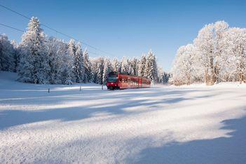 Winterwanderungen – leicht erreichbar mit den Jurabahnen