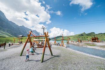 Fantasievoller Spielplatz, Schmugglerpfad und Säumerlager am Trübsee
