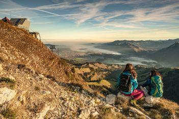 Malerische Spaziergänge und Velotouren, Wellness, feinste lokale Spezialitäten, mittelalterliche Städte, die Kilbi-Bénichon... es folgen mindestens sechs gute Gründe, wieso sich eine Reise in den Kanton Freiburg lohnt.
