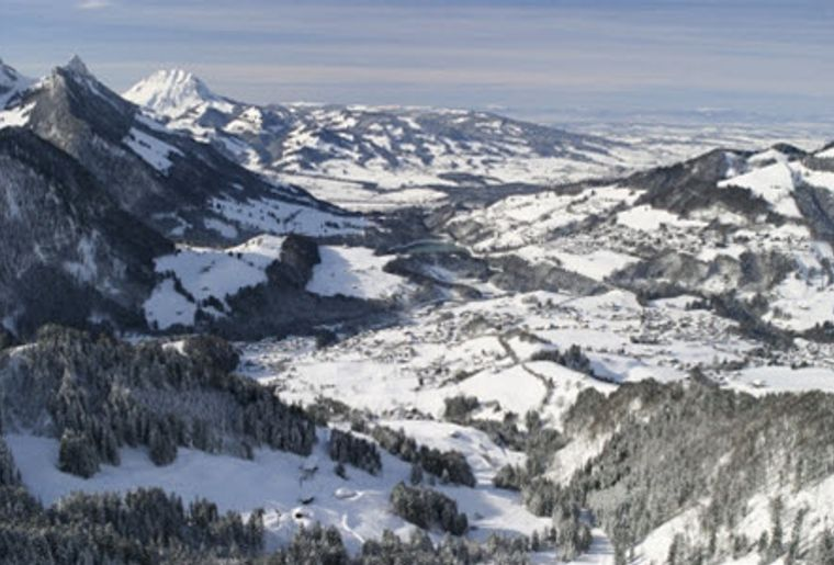 Charmey_Skigebiet_Aussicht.jpg