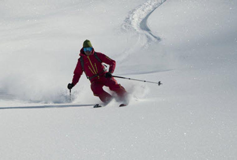 Champex_Lac_Skigebiet_Skifahrer.jpg