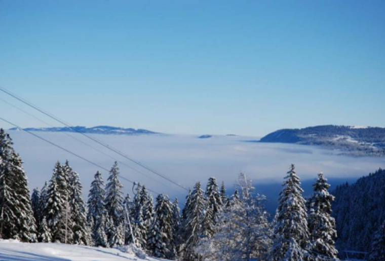 Buttes_La_Robella_Winter_Schnee_Aussicht_Panorama_Wald.png