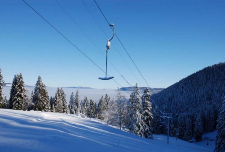 Buttes_La_Robella_Winter_Skilift_Panorama_Tannen.png