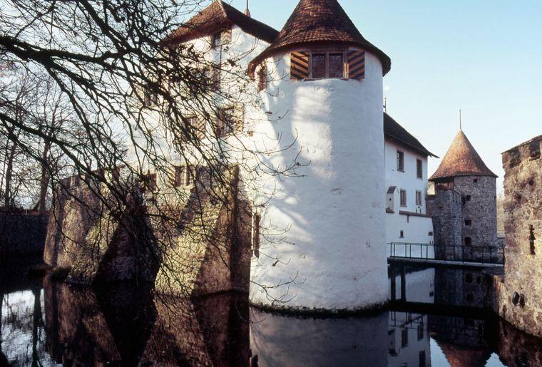 Schloss Hallwyl 1.jpg