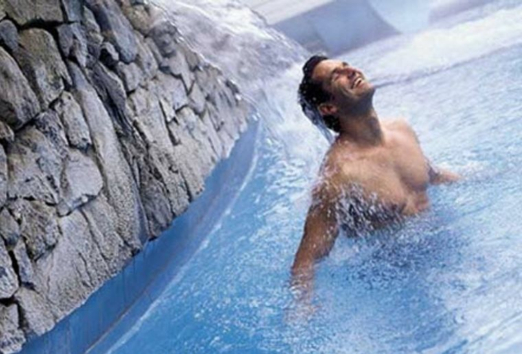 Lindner Alpentherme und Hotels a.jpg