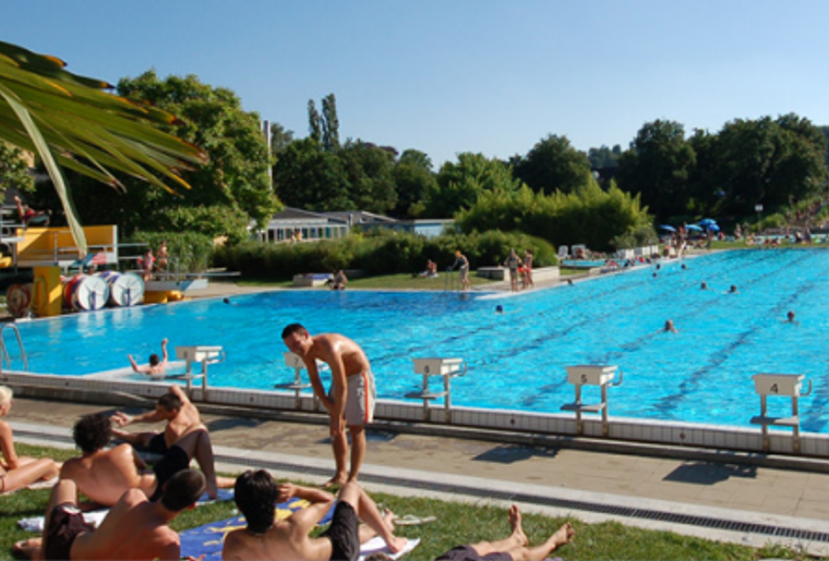 Freibad_KSS_Pool_Ausse_Sommer.png
