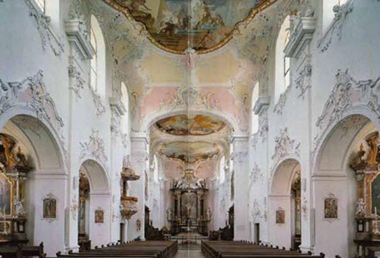 Arlesheim_dom_Innenansicht.jpg