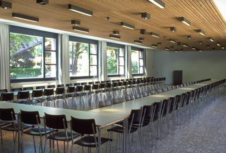Jugenherberge_Zuerich_Konferenzraum.png