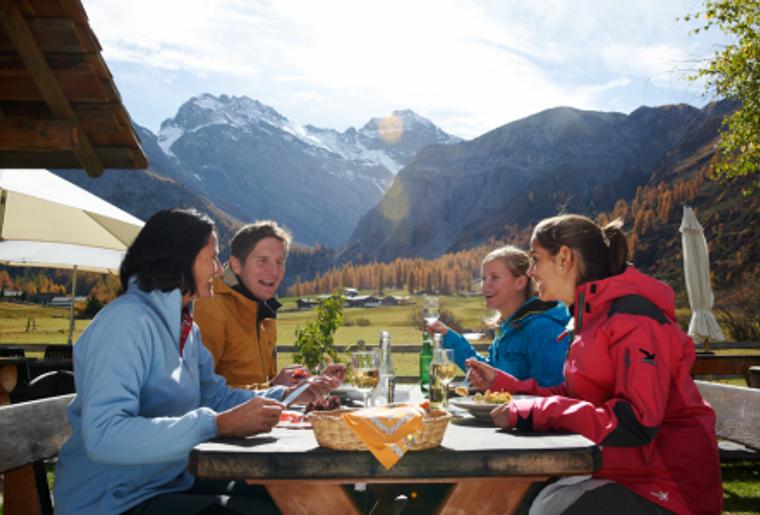Davos_Klosters_Zugerberg_Familie_Wandern.png
