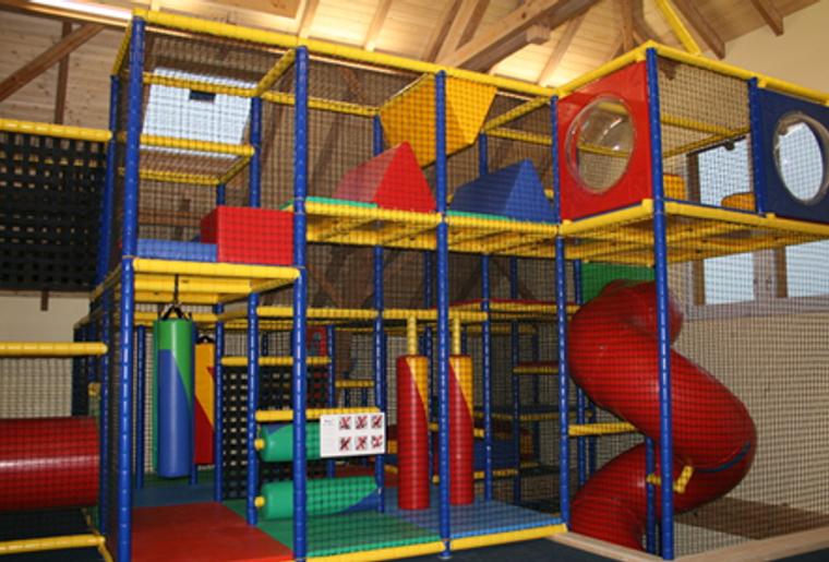 Niederbüren_Indoorspielplatz_Spielschüür.png