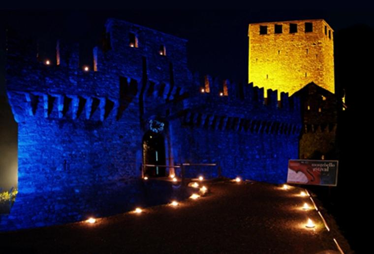 Bellinzona_drei Burgen_Castello Montebello_Nacht.png
