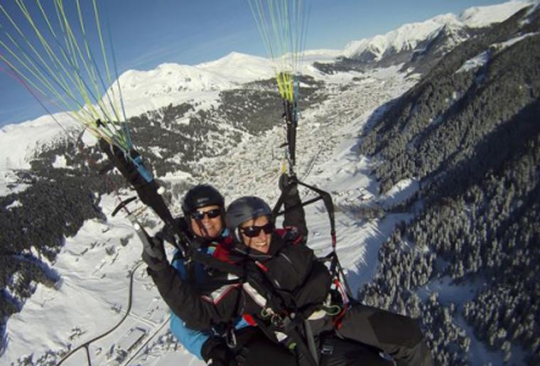 Paragliding_Davos_Winter_Panorama.png