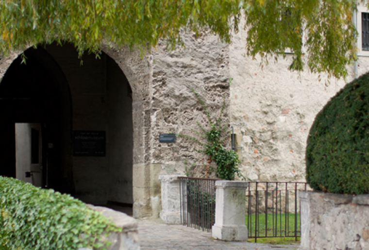 Foxtrail_Thun_Stadt_sommer_castello.png