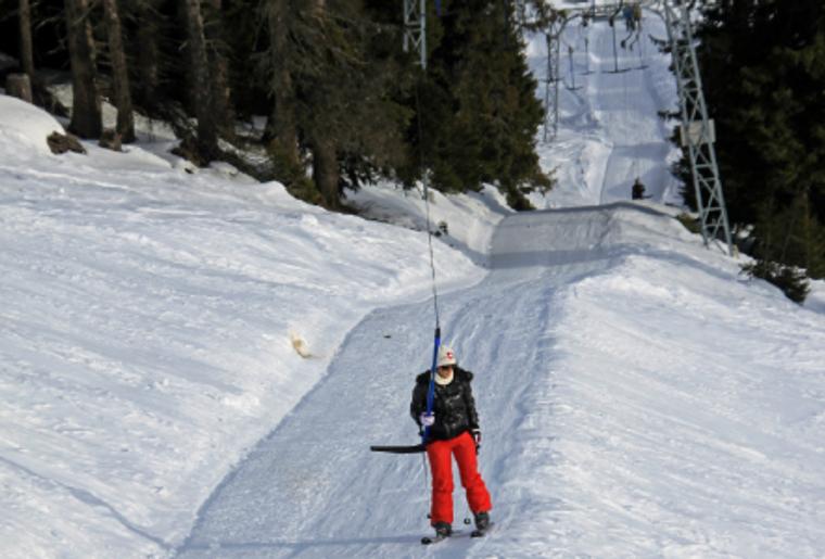 Skigebiet_Brambrueesch_Schlepplift_Fahren.png