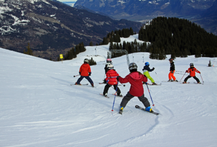 Skigebiet_Brambrueesch_Skischule.png