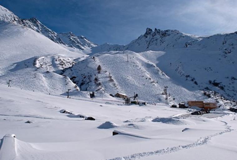 Bourg_St.Pierre_Skigebiet_St.Bernhard_Talstation.png