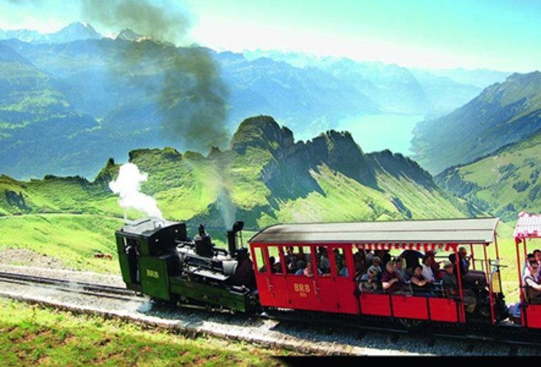 Brienz_Rothorn-Bahn_Panorama_Lok.png