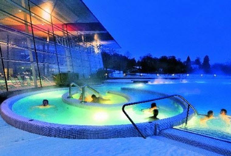 Bodensee_Thereme_Konstanz_Pooll_Aussen_Winter.jpg