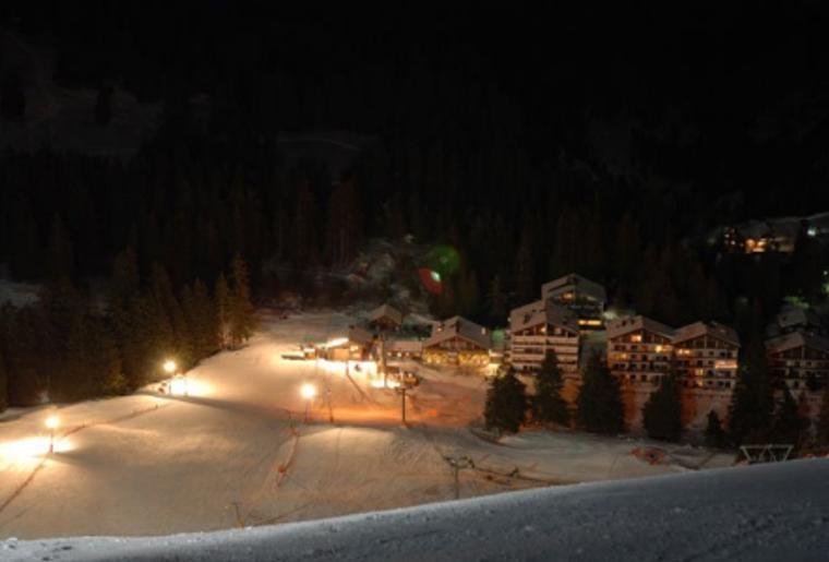 Moerlialp_Skipiste_Nachtiskifahren_ski.png