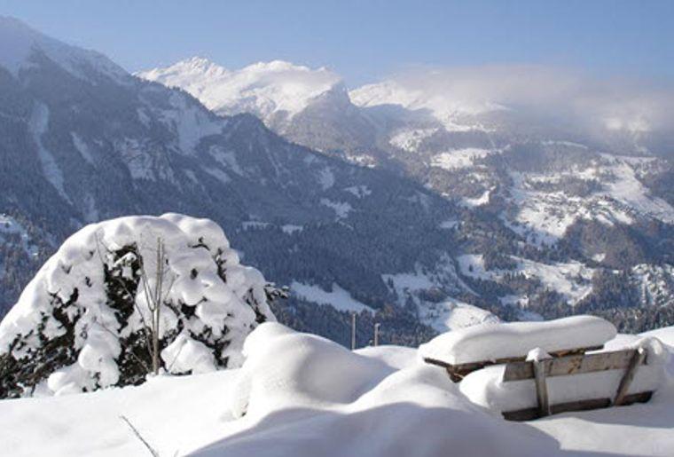 Schanfigg_Skigebiet_Hochwang_Goldgruben_Panorama.jpg
