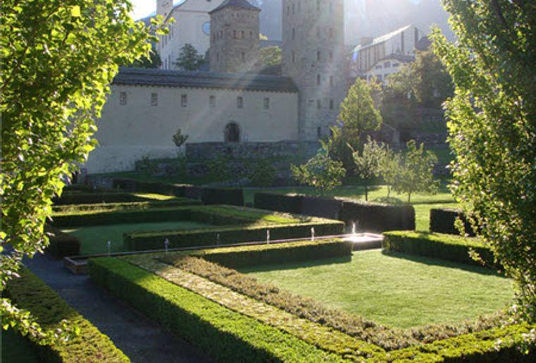 Brig_Stockalperschloss_Garten.jpg