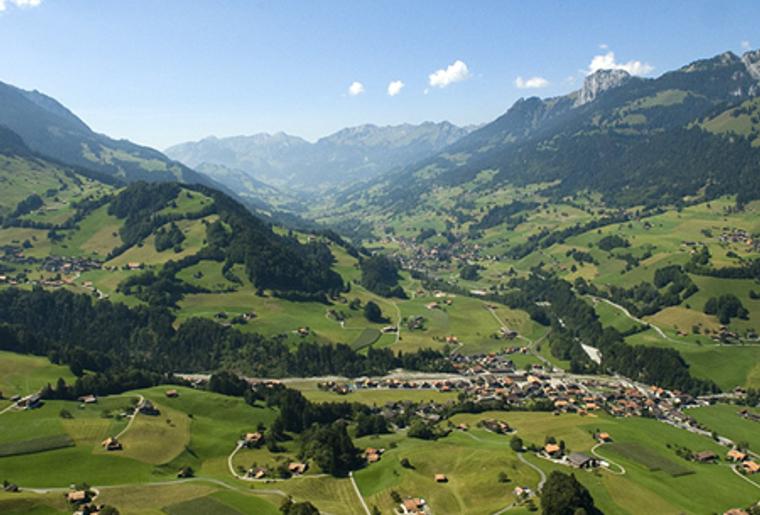 naturpark_diemtigtal_Bern_Panorama_Aussicht.png