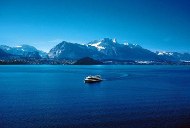 Mittagsschiff Thun 3.jpg