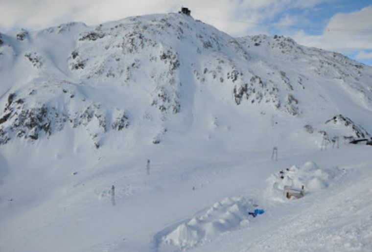 Igludorf Davos-Klosters 4.jpg