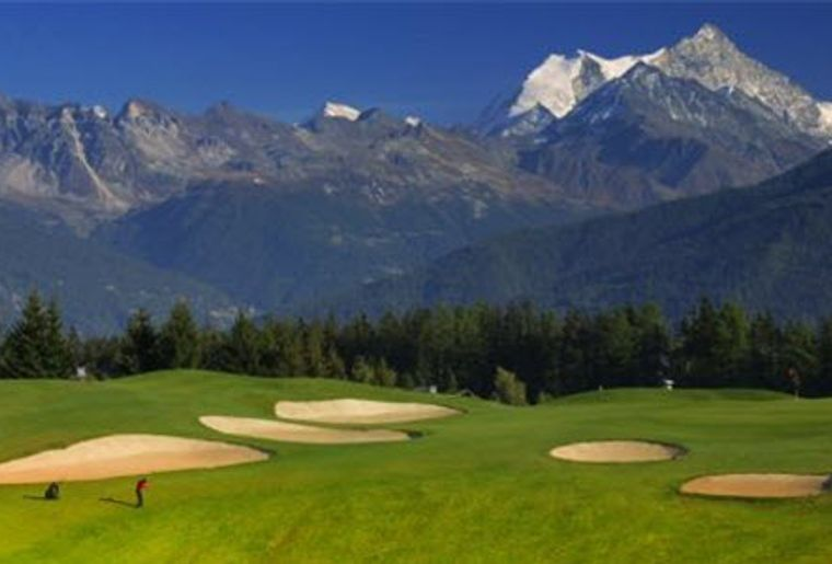 Crans-sur-Sierre_Golf Club_Golfplatz.JPG