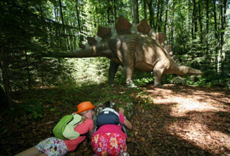 Prehisto Park 3, Pfad zu den Urtieren.jpg
