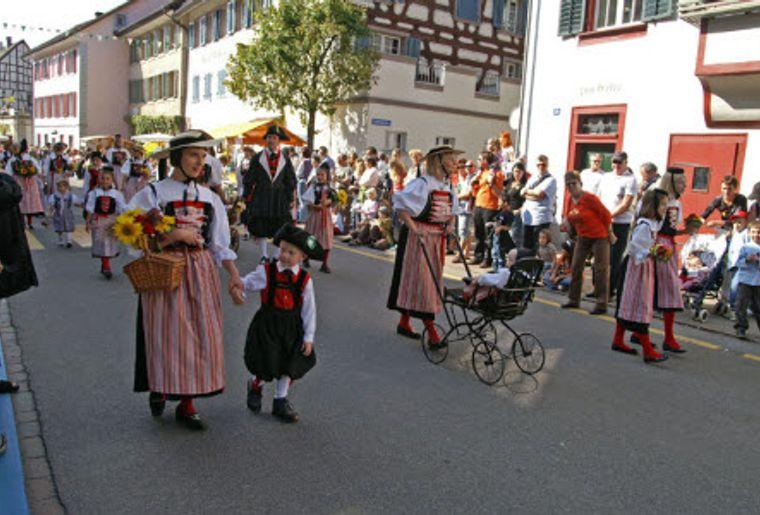 Ausflüge in die Rebberge 7 Hallauer Herbstfest.jpg