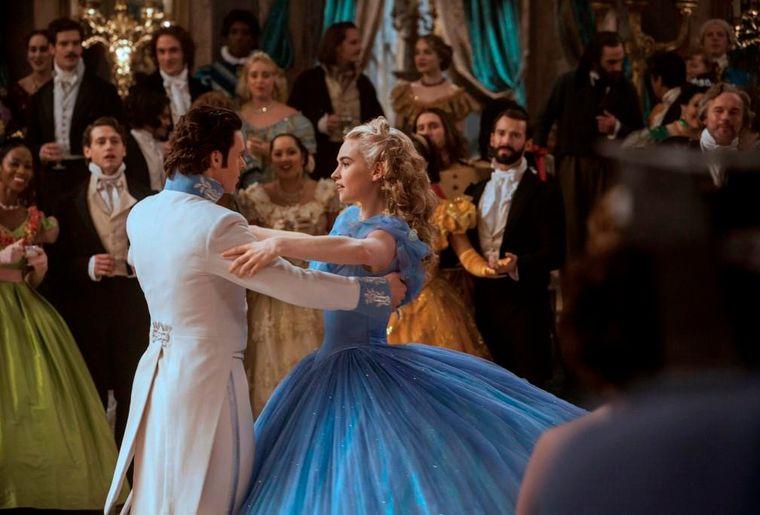 Cinderella LA_Bild 11 (dancing) mi-res.jpg