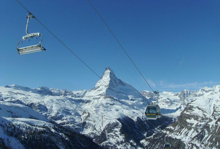 Seggiocabinovia_Zermatt.JPG