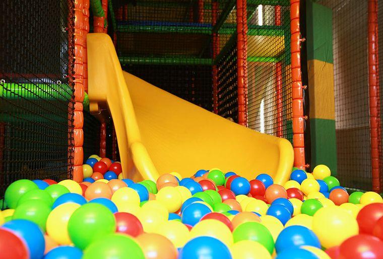 indoorspielplatz.jpg