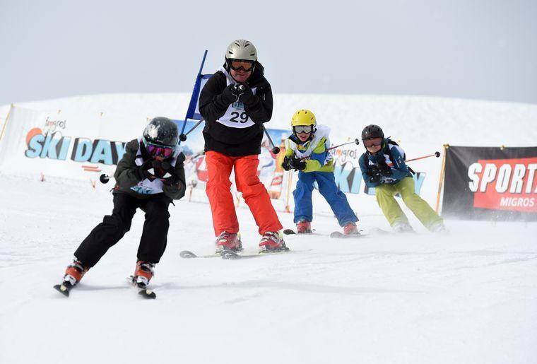Famigros_Flumserberg15_0103_Race_Start.Nr.29.jpg
