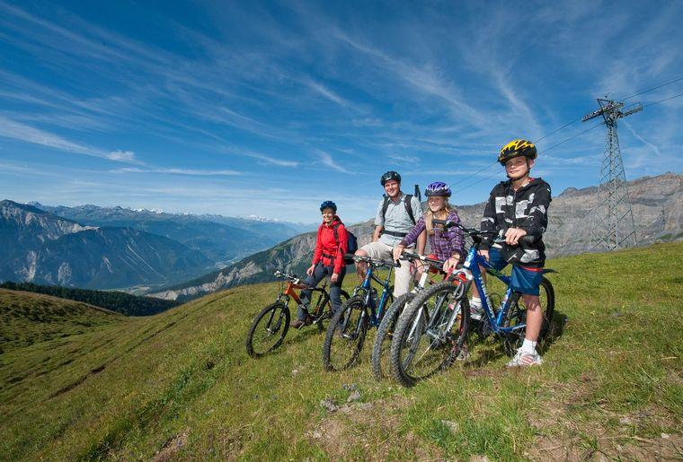 Torrent_Mountainbike_mit_Familie.jpg