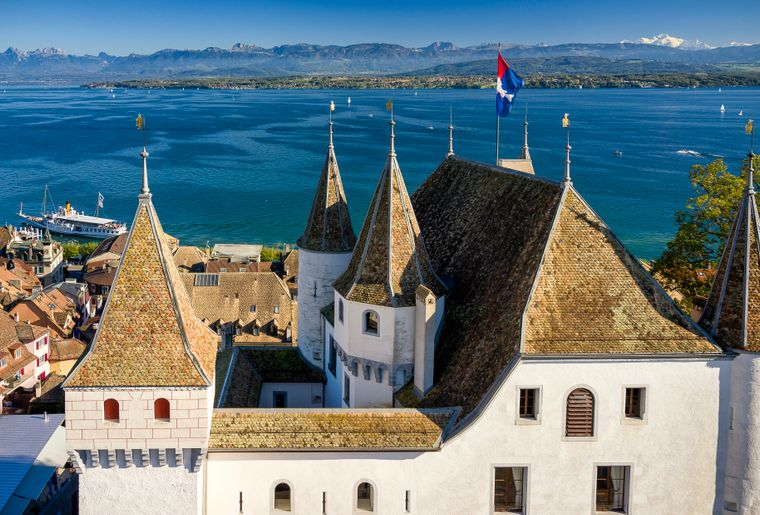 chateau_nyon_alpes_lac_bateau_cgn© Olivier Gisiger_swissimages.com.jpg