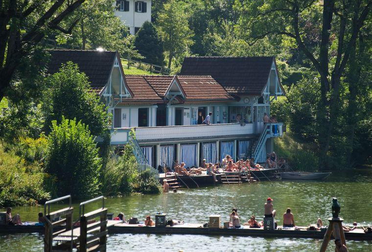 Familienbad Drei Weieren bei St. Gallen - Sommer in der Schweiz.jpg