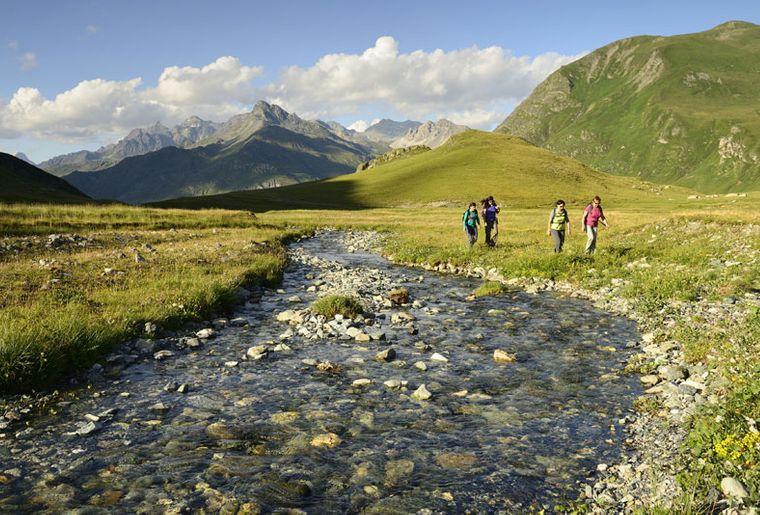 Parc ela - Sommer in der Schweiz.jpg