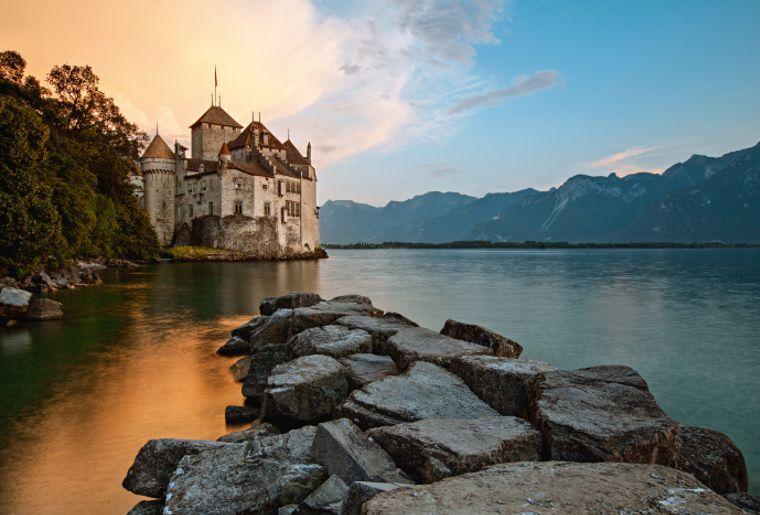 Schloss Chillon - Sommer in der Schweiz.jpg