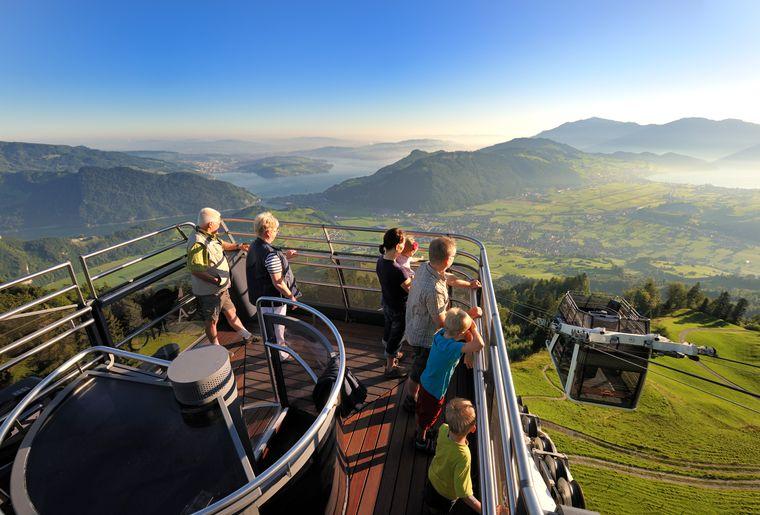 Stanserhorn CabriO-Gondel - Sommer in der Schweiz.jpg