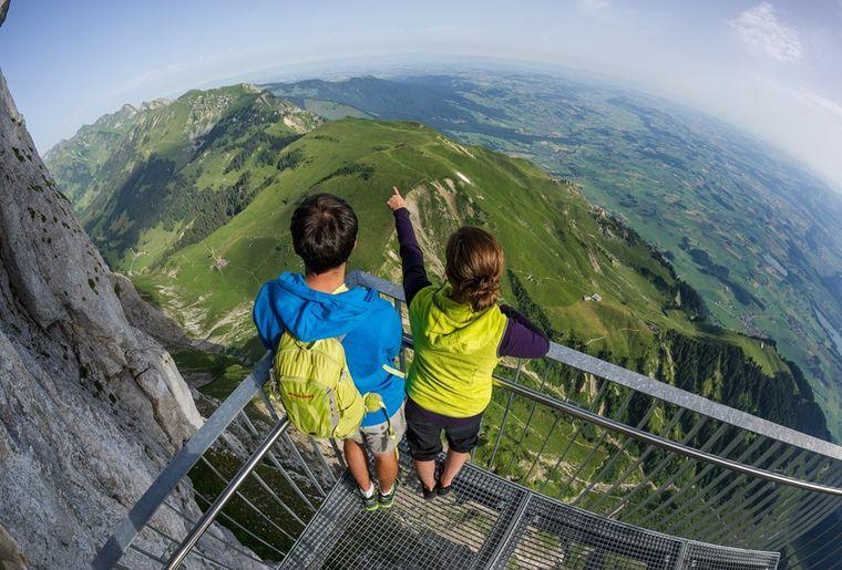 Stockhorn - Sommer in der Schweiz.jpg