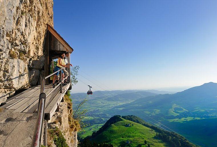 Ebenalp - Sommer in der Schweiz.jpg