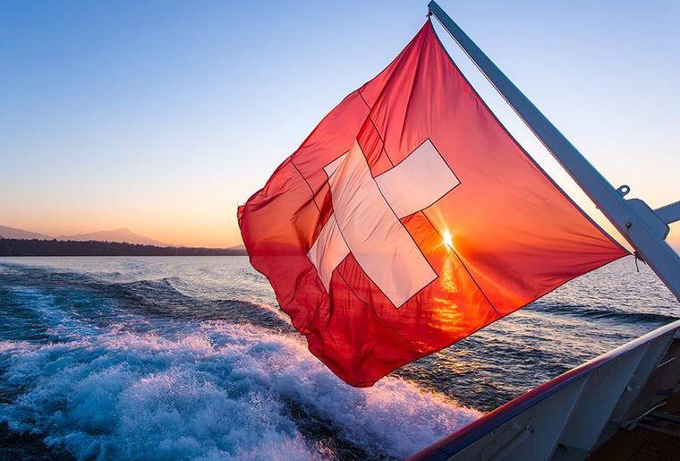 Schifffahrt auf dem Genfersee - Sommer in der Schweiz.jpg