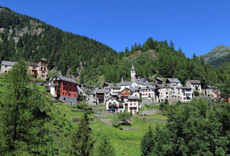 Fusio - Val Lavizzara (Ascona-Locarno Tourism).jpg