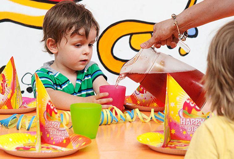 Starbie Spielhalle - Indoorspielplatz - Kindergeburtstag.jpg